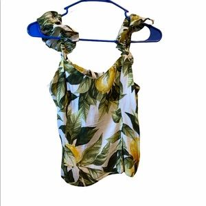 Leaf and lemon  tank top buy 2 $15 items one FREE